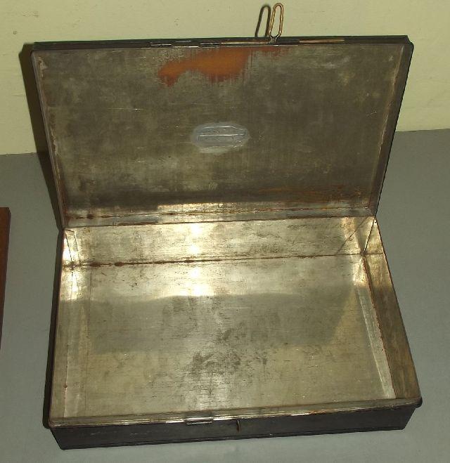 kassette blechkassette blechkiste riegel verschlu f r kleines schloss um 1930. Black Bedroom Furniture Sets. Home Design Ideas