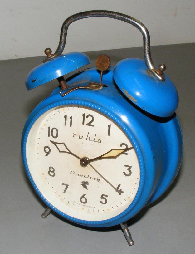 gro er wecker duoclock zwei glocken ddr blau ca 1985 ebay. Black Bedroom Furniture Sets. Home Design Ideas