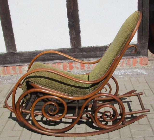 Schaukelstuhl bugholz doppelkringel fu st tze nach 1900 for Schaukelstuhl 1900