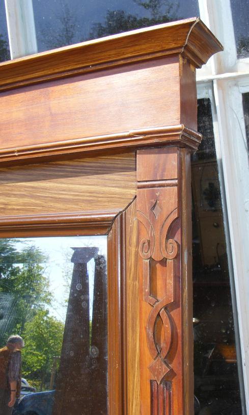 gro er wandspiegel jugendstil spiegel um 1900. Black Bedroom Furniture Sets. Home Design Ideas